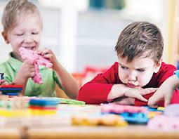 مشکلات رفتاری مشکلات رفتاری کودکان بداخلاقی نق زدن کودکان لجبازی کودکان